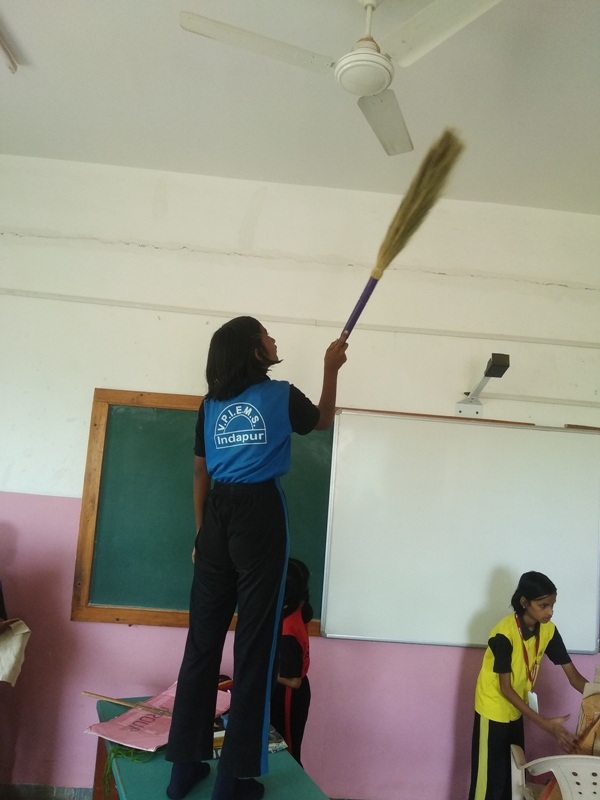 cleaning of school fan