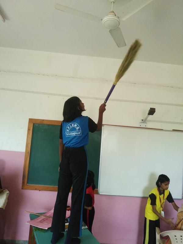 cleaning of school fan