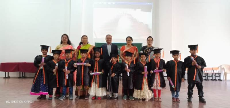 HKG Students received degree certificate from Chief Guest Dr. Sanjay Chakane