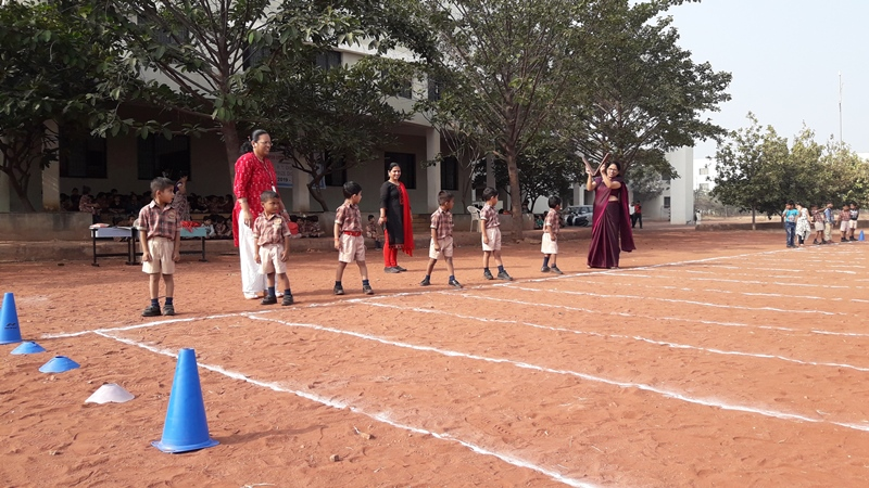 Pre- Primary Running Race Started by Princiapl MAM