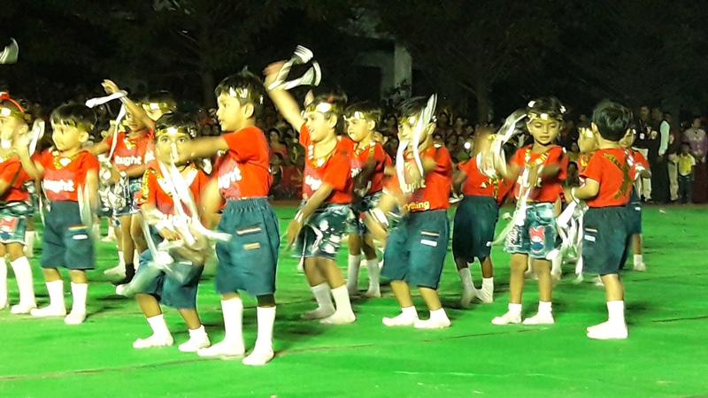 Pre- Primary students performing Dance with Pom pom