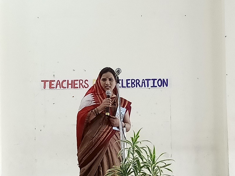 Teachers Performing Act (2)
