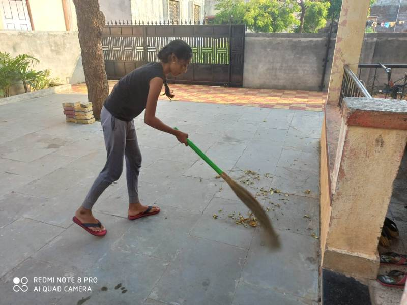 Sanika Waghmare std- 5 th A Sanika Waghmare cleaning surrounding