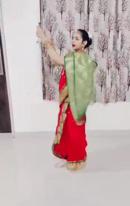 Eshal Patil Preforming dance On Account of World Dance Day